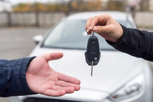 車を売った時は即金で貰える?即金で貰えるお店はどんな所?
